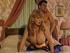 Porno: Təbii Döşlər, Yəkə Göt, Böyük Döşlər, Uzun Sik
