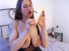 Porno: Yəkə Göt, Təbii Döşlər, Uzun Sik, Böyük Döşlər