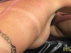 Porno: Milzīgi Pupi, Piens, Pupu Masturbēšana, Lieli Pupi
