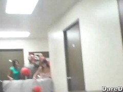 Porno: Në Kolegj, Banda, Orgji, Në Treshe