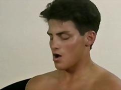 Porno: Yəkə Göt, Təbii Döşlər, Döşlər, Böyük Döşlər