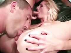 Porno: Bisexuale, Threesome, Hardkorë