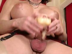 Porno: Blondýnky, Přírodní Prsa, Malý Prsa, Hračky