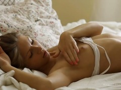 Порно: Дилдо, Траверси, Момичета, Онанизъм