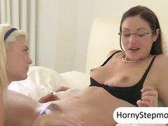 Porn: सुनहरे बाल वाली, मिल्फ़, निप्पल