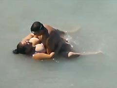 Porno: Resnas Meitenes, Lūriķi, Pludmalē