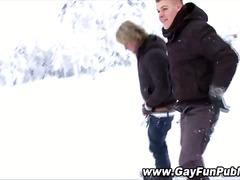 جنس: خارج المنزل, مص, خولات صغار, في العلن