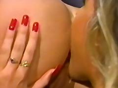 Porno: Lodra Sexy, Strapon, Me Lojëra, Dildo