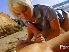 Porn: यूरोपिय, टैटू, समुद्र तट, खुले में