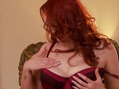 Porno: Bythëmadhet, Kari I Madh, Vithet, Cicëmadhet