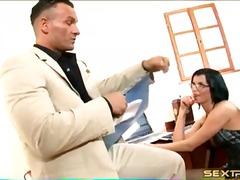 Porno: Deget In Fund, Mancand, Secretare, Pizde