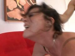 Porno: Ropa Íntima, Doble Penetración, Madre Que Me Follaría