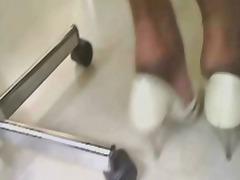 Pornići: Oblačenje Suprotno Polu, Mrežaste Čarape, Dlakave, Medicina