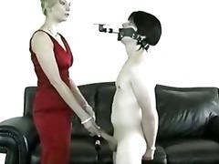 جنس: سيطرة, تقييد وسادية, تستمنى زبه بيدها, نساء مسيطرات