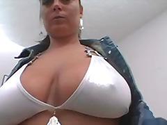 پورن: پستون گنده, نوک سینه, ریز ممه, پستان گنده