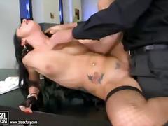 Porno: Pornoulduz, Gözəl Qız