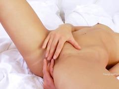 Porno: Yeniyetmə, Masturbasya