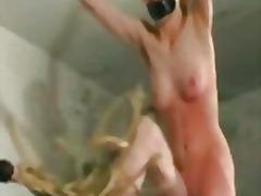 جنس: ضرب الطيز, تقييد وسادية, فتشية, تقييد