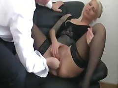 Porn: पारदर्शी चूत, अतिरेक, जालीदार, चश्मिश