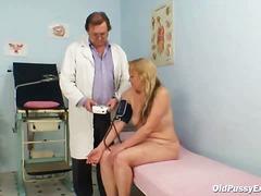 Porno: Ginekologs