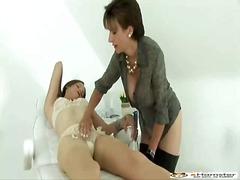 Porn: Հակառակ Սեռի Շորերով, Ձկնորսի Ցանց, Փրչոտ
