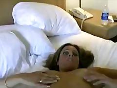 Porno: Barbert, Naturlige Bryster, Solo, Brunette