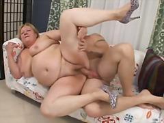 Porn: चूत से पिचकारी