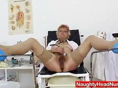 Porno: Amcığ, Yumruqla Sikmək, Soxuşdirmaq, Yaşlı