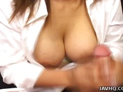 Porn: बड़ी गांड, प्राकृतिक चूंचियां