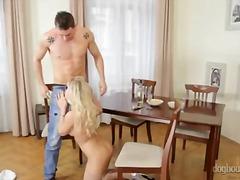 Porno: Blondid, Käsitöö, Silitamine, Munn