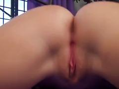 Porno: Iri Döşlü, Balaca Döşlər, Uzun Sik, Döş Giləsi