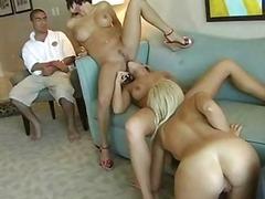 Porno: Hotellis, Sohva, Munn, Pornostaar