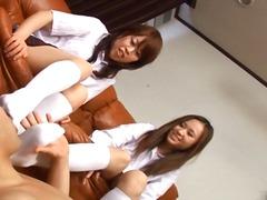 Porno: Asiatiche, A Scuola, Giovani