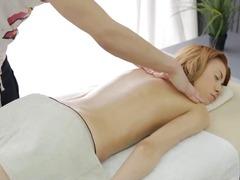 Porno: Massatge, Primes, Facial, Afaitades