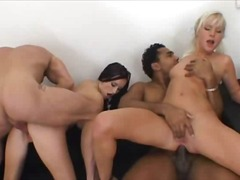 Porno: Në Grupë, Derdhja E Spermës, Gëlltitja, Ndër Racore