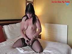 Porn: Transvestit, Mrežaste Nogavice, Kosmata Muca, Masaža