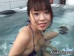 Porno: Yəkə Göt, Model, Balaca Döşlər, Asialı