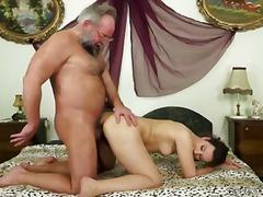 Phim sex: Chim Cứng, Nhiều Lông