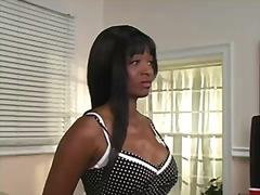Porno: Strap-On, Domina, Nüpeldamine, Pitspesu