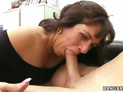 Porno: Karštos Mamytės, Dulkinimasis
