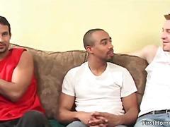 Порно: Трио, Леко Порно, Целувка, Междурасово