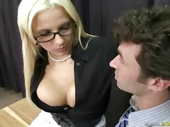 Porn: Ակնոց, Ուսուցիչ, Հետևից, Պոռնո Աստղ