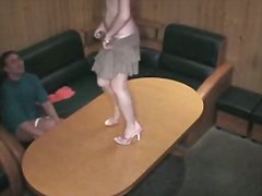 جنس: خلع الملابس, تجسس, استراق النظر, كاميرا مخفية