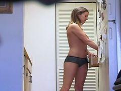 جنس: بزاز, كاميرا مخفية, شقراوات, في المطبخ