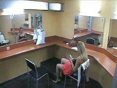 جنس: استراق النظر, شقراوات, نكاح اليد, كاميرا مخفية