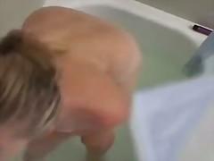 Bold: Banyo, Pagjajakol, Nakatago, Orgasm