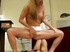 Porno: Böyük Döşlər, Fışqırma, Fışqırma, Masturbasya