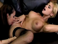 Porno: Apakšveļa, Lesbietes