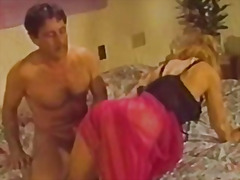 Porno: Döşlər, Amcıq, Tüklü, Retro