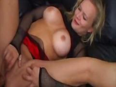 Porno: Döşlər, Anal, Üstünə Qurtarmaq, Sarışın